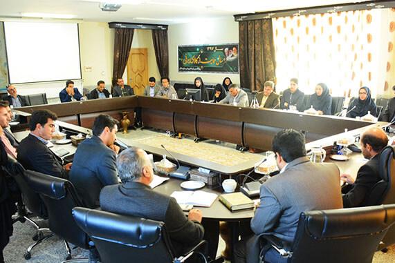 حضور مرکز مشاوره کارآفرینی لیان در ارائه طرح های توسعه روستایی شهرستان دهاقان